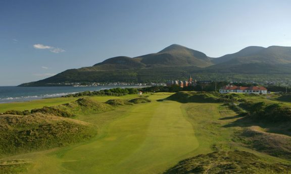 A look into the amazing golf courses around the planet